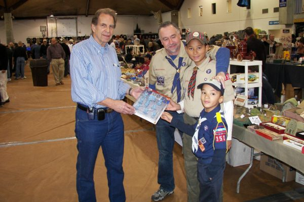 vendors with cub scoutsat the east coast toy soldier show